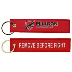 Breloczek REMOVE BEFORE FIGHT